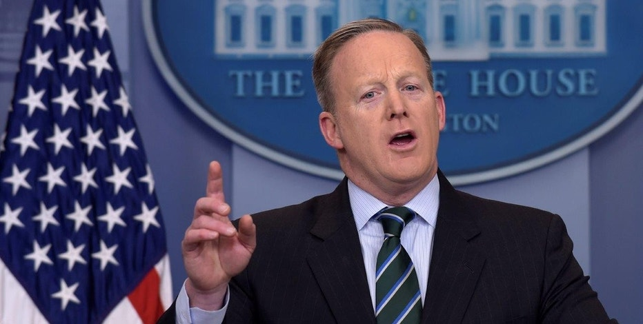 Spicer Takes Post-White House Job on Speaking Circuit