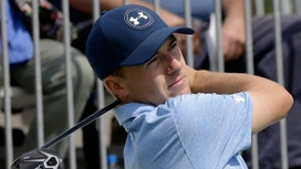 Golfers Spieth, Johnson vie for $10M FedEx Cup bonus