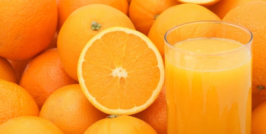 Fresh juice with oranges.