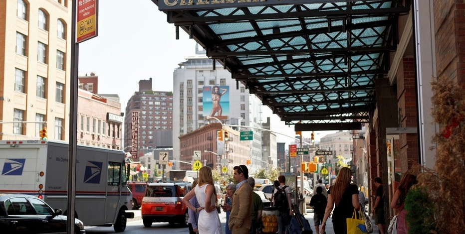 Google to buy Chelsea Market building for over $2 bln