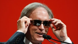 PIMCO Bleeding Without Bill Gross, Layoffs Loom