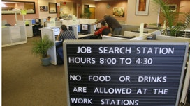 U.S. jobless claims fall