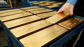 Gold Benefits from Global Equities' Retreat, Lower Dollar