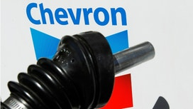Chevron Reports 4Q Loss on Sliding Oil Prices