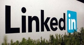LinkedIn Shares Fall 40% on Forecast, Analyst Downgrades