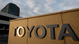 Toyota's 3Q Operating Profit Lower, Sales Outlook Raised