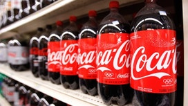 Coke Beats Expectations on Volume, Pricing Growth