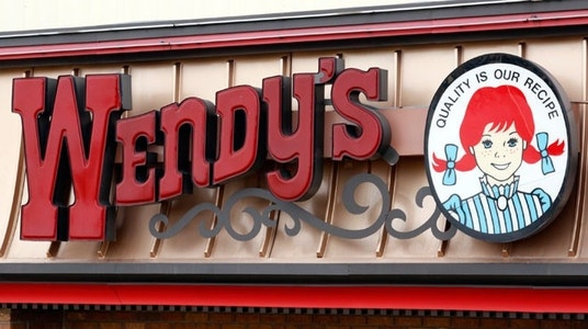 Wendy's Sees 4Q Revenue Fall 4.7%