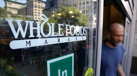 Whole Foods Profit Declines, Still Tops Expectations