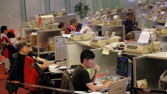 China in Line of Fire as Hong Kong Stocks Sink