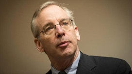 Fed's Dudley: Talk of Negative Rates 'Extraordinarily Premature'