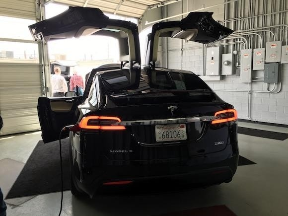 Tesla Motors Inc Is Nudging Model X Reservation Holders To Confirm Their Orders Fox Business