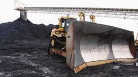 Peabody Goes Bankrupt as Coal Gasps for Air