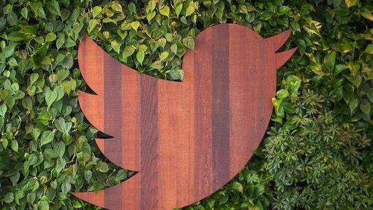 Why Windstream Holdings, Twitter, and Papa John's International Jumped Today