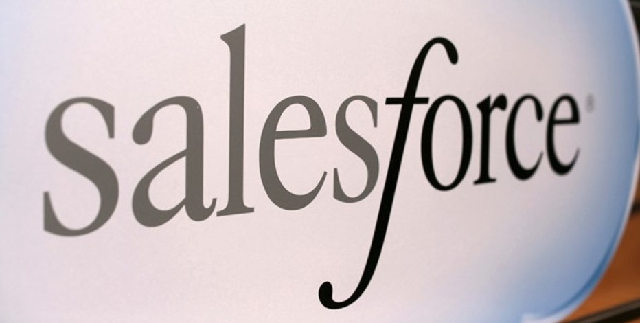 A Salesforce sign is seen during the company's annual Dreamforce event, in San Francisco, California November 18, 2013. Salesforce.com Inc is due to report fiscal third-quarter results after the market's close and the options market is implying about a 8.5 percent one-day move for shares in either direction, according to RiskReversal.com. REUTERS/Robert Galbraith  (UNITED STATES - Tags: SCIENCE TECHNOLOGY BUSINESS LOGO) - RTX15J6M