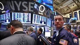 Surge In Wal-Mart, Cisco Shares Set to Give Dow Big Boost