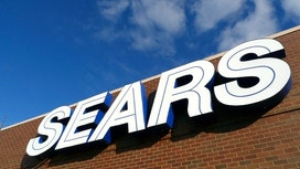 Sears Reports Bigger Loss, Exploring Options for Two Businesses