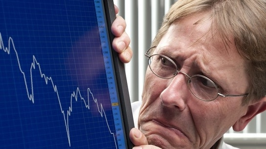 This Leading Indicator Suggests the Stock Market May Be on the Precipice of Tumbling