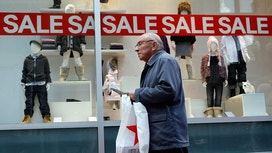 Consumer Sentiment Falls as Expectations for Economy Dim