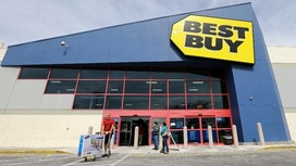 Best Buy tops Street 2Q forecasts