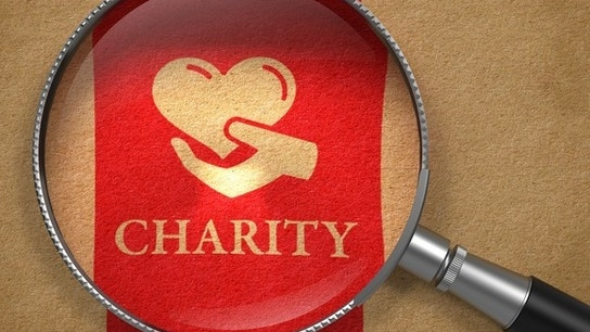 Fidelity Charitable Gift Fund: Does a Donor-Advised Fund Make Sense for Me?