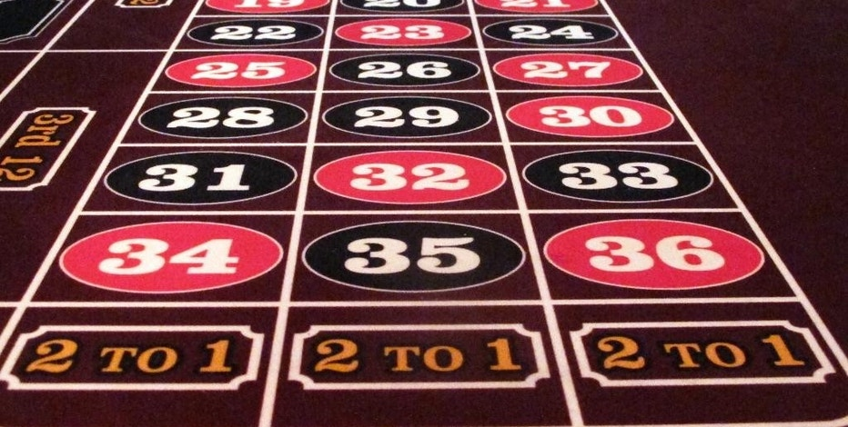 This June 24, 2016 photo, shows a roulette table at the Golden Nugget casino in Atlantic City, N.J. A Newark real estate firm is proposing to build a casino on land it owns in New Jersey's largest city if voters approve a referendum to expand casino gambling beyond Atlantic City on Nov. 8, 2016. (AP Photo/Wayne Parry)