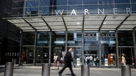 AT&T's Deal to Buy Time Warner Faces Political Barrage