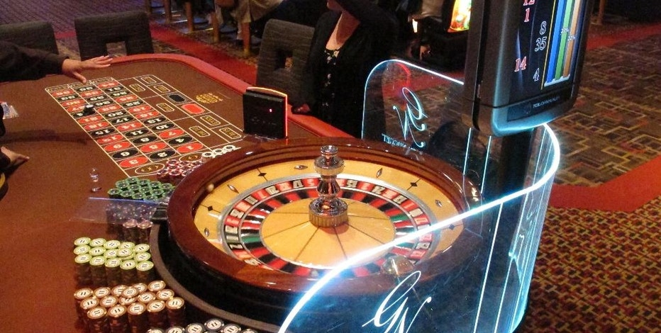 This June 24, 2016 photo shows a roulette table at the Golden Nugget casino in Atlantic City N.J. On Friday Nov. 4, 2016, a Stockton University poll showed that a statewide ballot question on whether to authorize two new casinos in northern New Jersey was opposed by 71 percent of New Jerseyans. (AP Photo/Wayne Parry)
