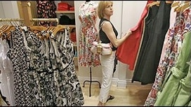 Consumer Confidence Hits 9-Year High