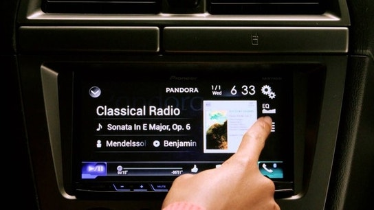 Apple Doesn't Have to Worry About Pandora, Yet
