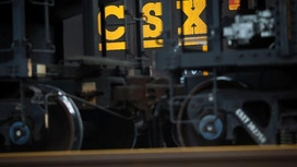 CSX railroad expects modest profit growth in 2017