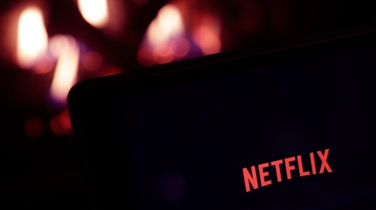 Netflix Throws Extra $1B at Original Content, Shares Rally