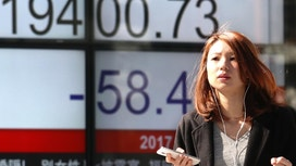 Asian shares fall back as investors await comments by Yellen