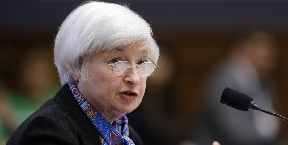 Yellen warns Congress against overheating USA  economy