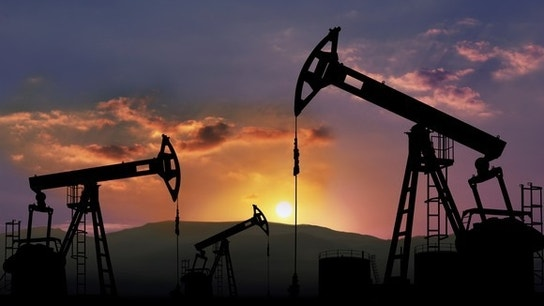 Crude Prices Rise as Investors Bet Big on Oil Strength