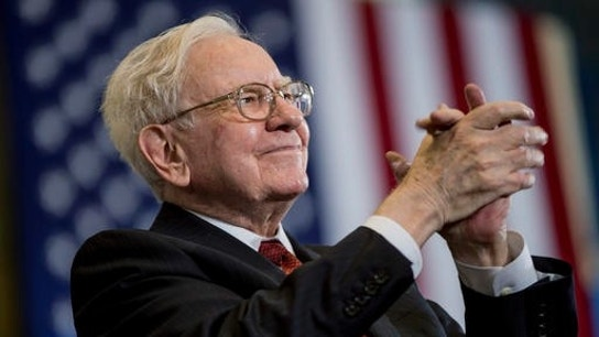 Buffett's Berkshire Hathaway Reports Rise in Net Earnings