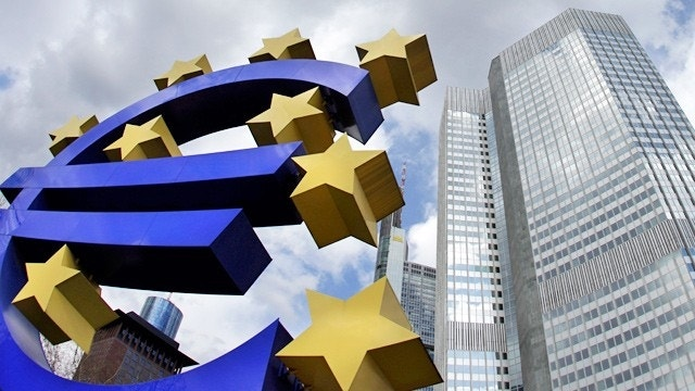 European Central Bank Leaves Interest Rates Unchanged