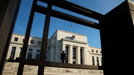Fed Eyes Rate Rise, Wall Street Wants Clarity on 2017 Outlook