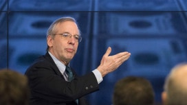 Fed's Dudley, Citing Wells, Calls For Better Bank Incentives