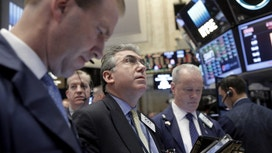 Choppy Day on Wall Street&#x3b; All Eyes on Trump and Health Care