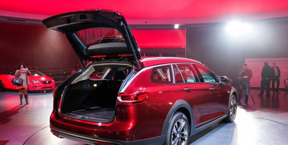 buick turns the regal into rugged station wagon fox business. Black Bedroom Furniture Sets. Home Design Ideas