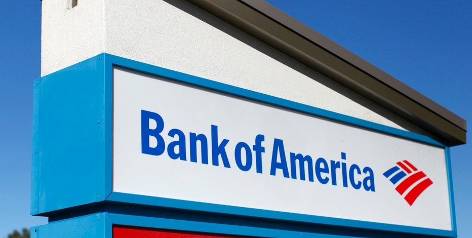 A Bank of America sign is pictured in Encinitas, California January 14, 2014.  Bank of America Corp, the No. 2 U.S. bank, reported a stronger-than-expected quarterly profit, driven by a steep fall in mortgage losses and provisions to cover bad loans. Picture taken January 14, 2014.  REUTERS/Mike Blake (UNITED STATES - Tags: BUSINESS)