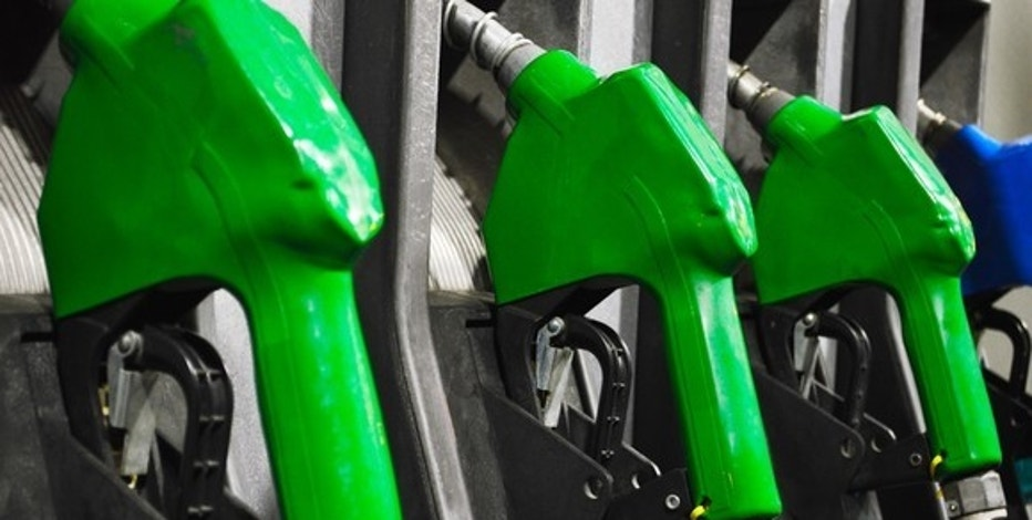 OH gas prices fall 9.8 cents over week