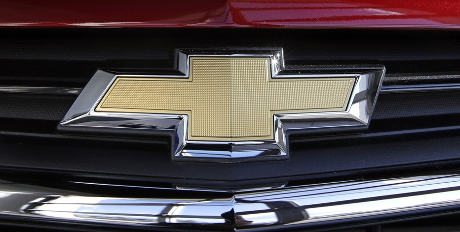 This Monday, April 24, 2017, photo, shows the Chevrolet emblem on the grill of an Equinox compact sport utility vehicle at Quirk Auto Dealers in Manchester, N.H.