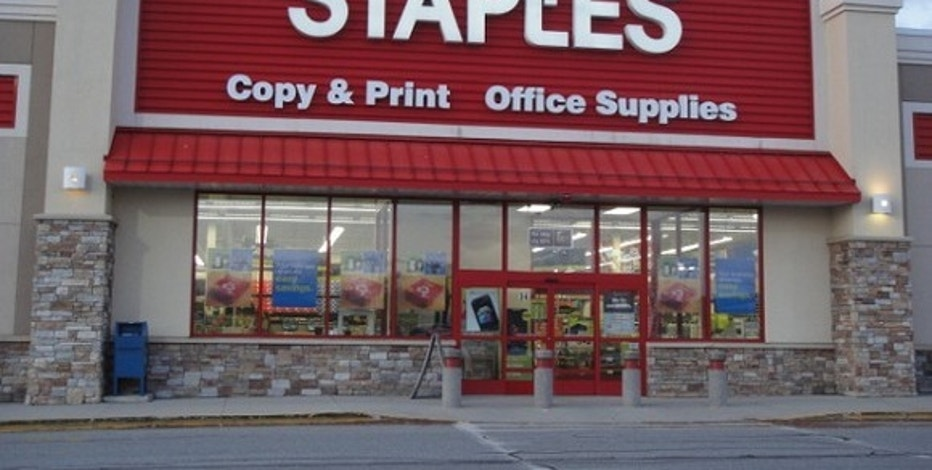 Equity firm in talks to buy Staples for $6 billion