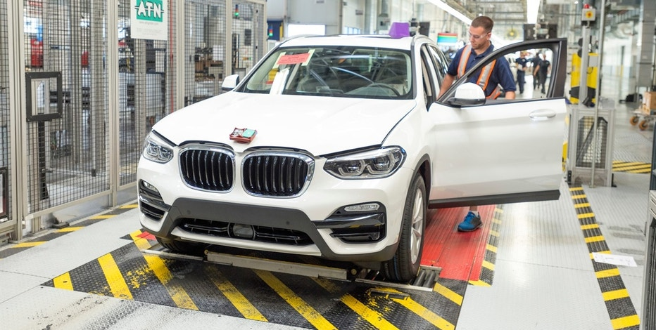 BMW X3 G01 Goes Official, Transitions From SAV to SUV