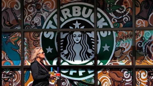 Starbucks shares sink, scrapping all Teavana stores
