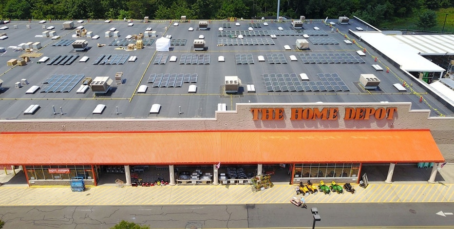 LLC Purchases 8 Shares of Home Depot, Inc. (The) (NYSE:HD)