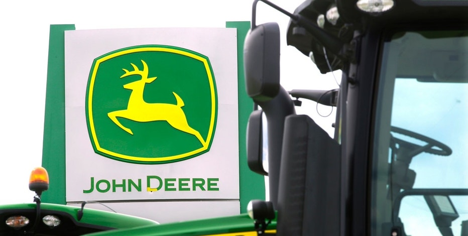 Deere profits up in third quarter