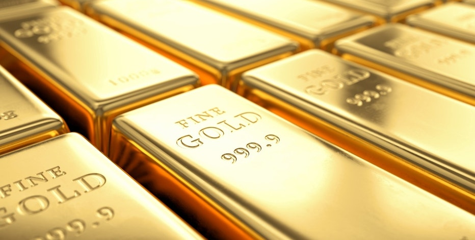 Gold rises as dollar retreats amid geopolitical tension